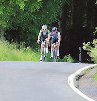 Wie Radfahren Fußballern hilft